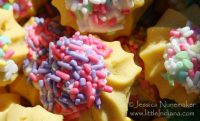 Fingerhut Bakery in North Judson, Indiana: Butter Cookies