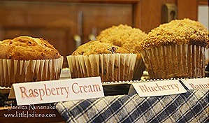 Francesville, Indiana: Five Loaves Bakery and Cafe