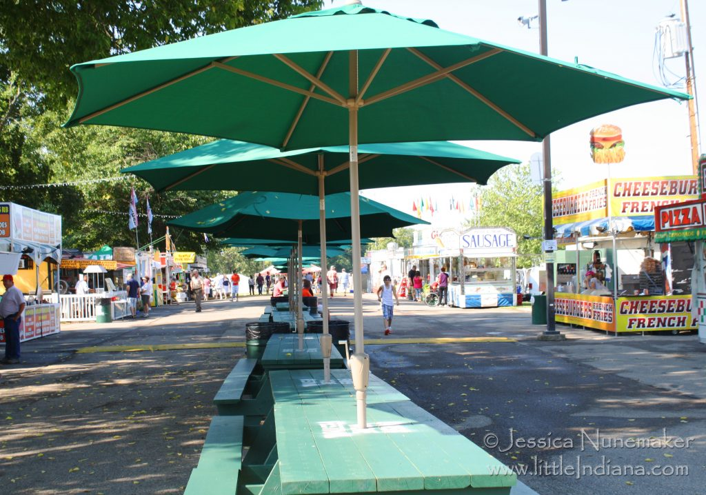 Vevay, Indiana: Swiss Wine Festival Food Vendors and Covered Seating