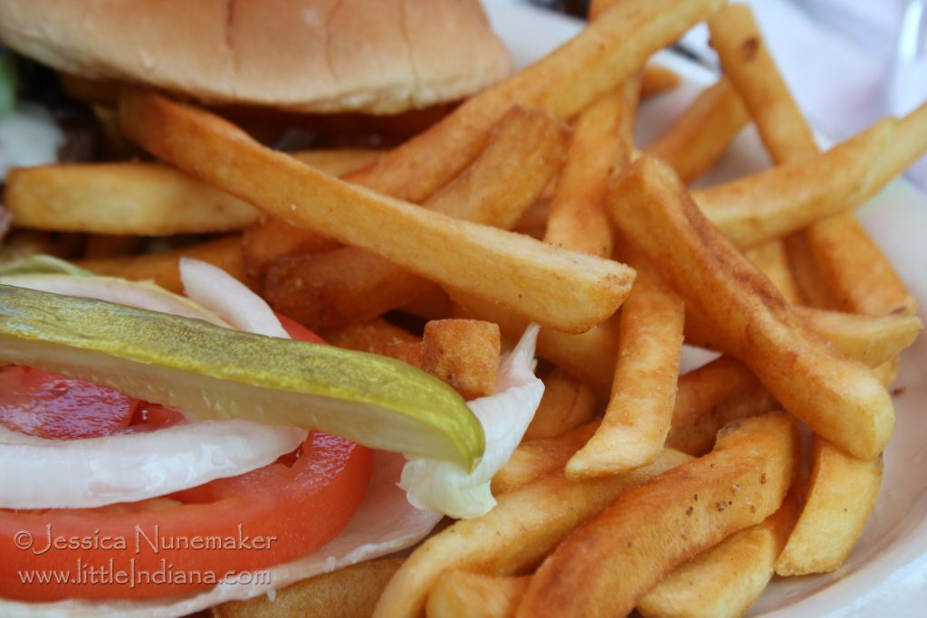 Wheatfield, Indiana: Schnick's Good Eats Burger and Fries