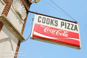 Cooks Pizza in Wakarusa, Indiana