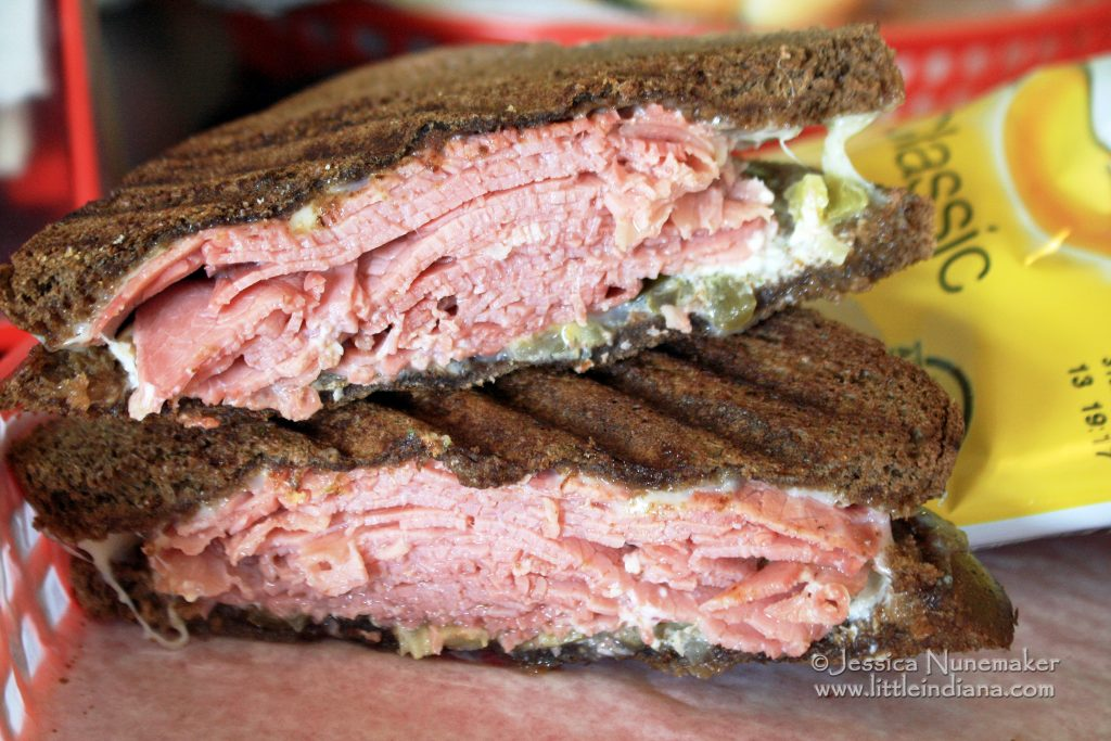 Red Pepper Deli and Cafe: Madison, Indiana