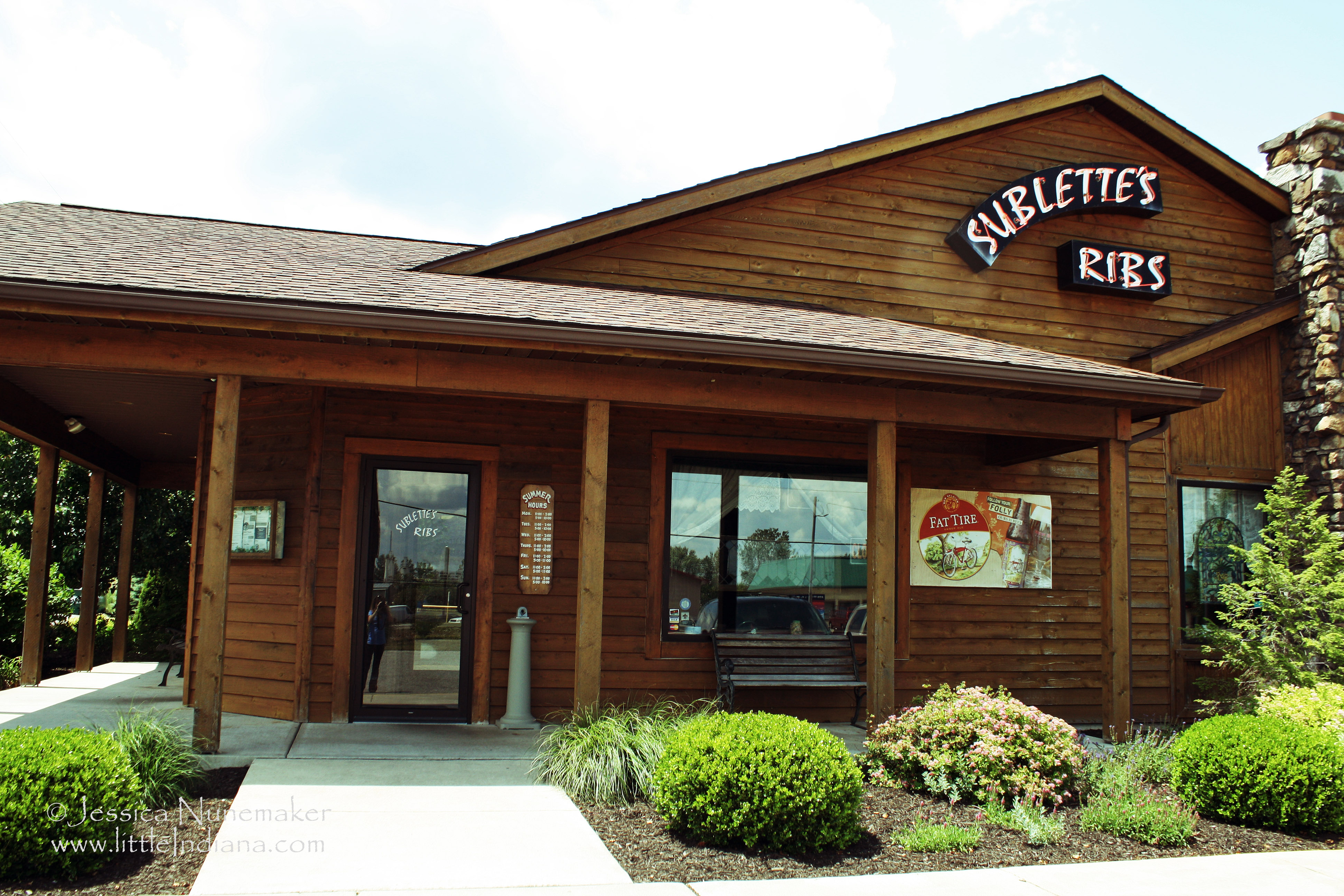 Sublette's Ribs: Monticello, Indiana Exterior