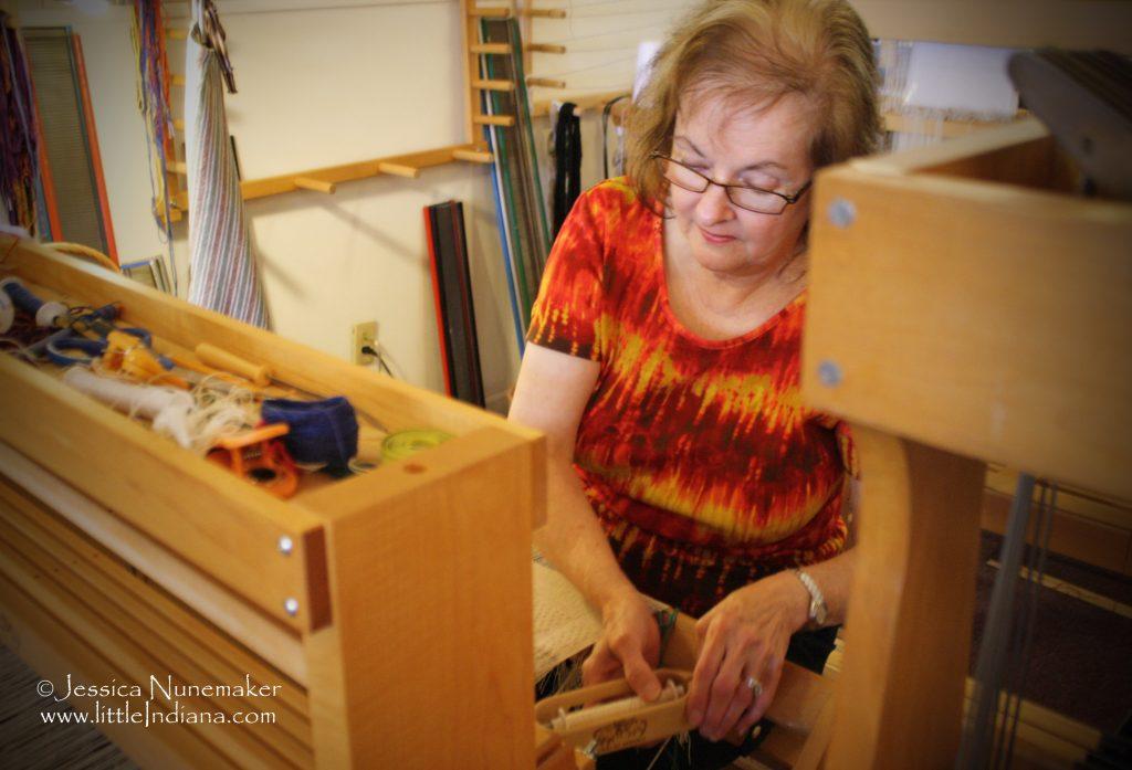 Tabby Tree Weaver: Arcadia, Indiana