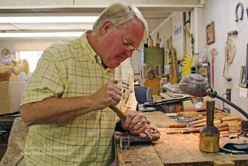 Batesville, Indiana: Weberding's Wood Carving Shop
