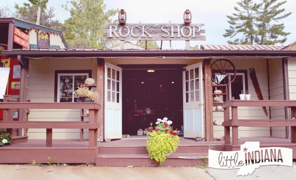 Brown County Rock Fossil Shop in Nashville, Indiana: