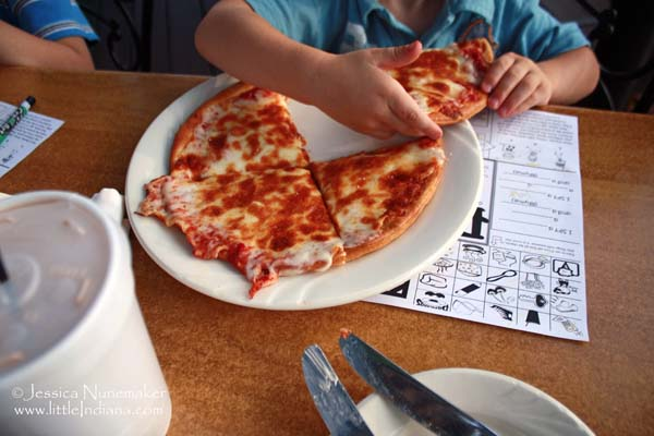 Popolano's Restaurant in Chesterton, Indiana Kid Pizza
