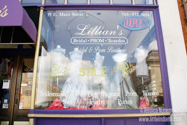 Lillian's Bridal and Prom in Peru, Indiana Exterior