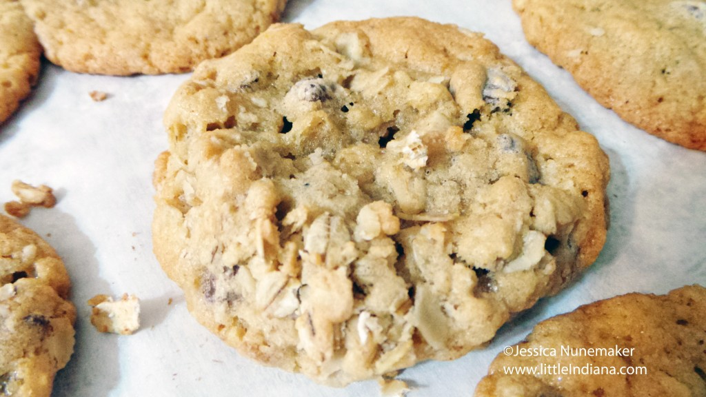 Best Cookie Recipes: Oatmeal Chocolate Chip Cookies