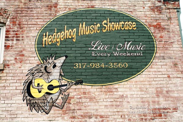 Hedgehog Music Showcase in Arcadia, Indiana Exterior Mural