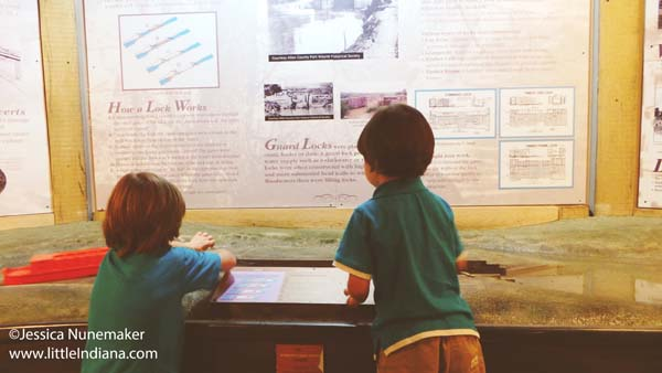 Wabash and Erie Canal Interpretive Center and Museum in Delphi, Indiana Discover how Canal Locks Work!