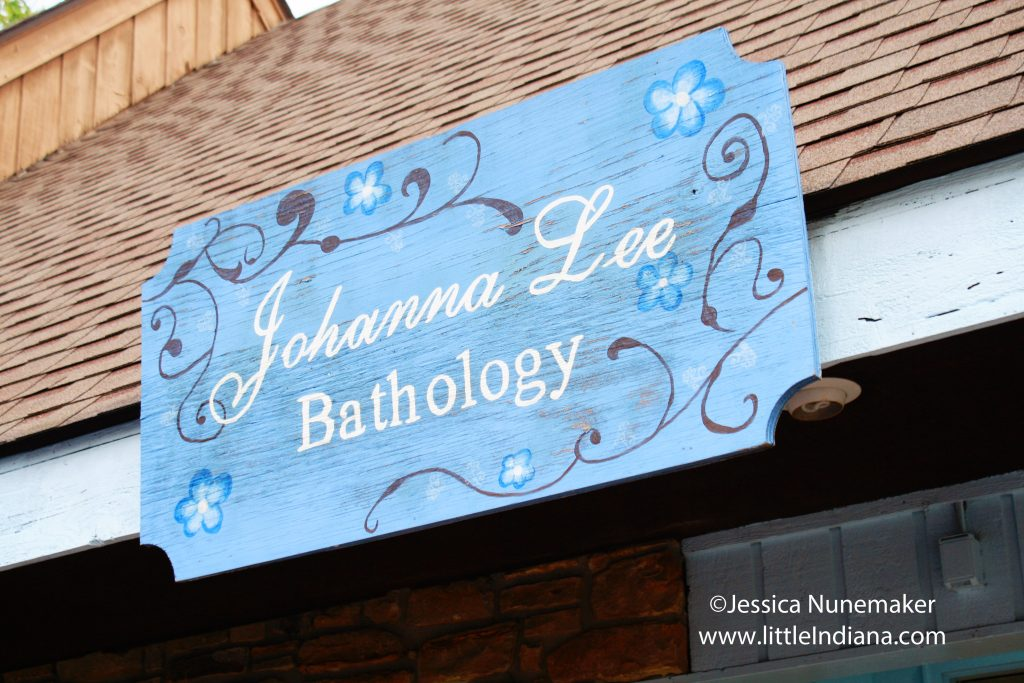 Johanna Lee Bathology in Nashville, Indiana