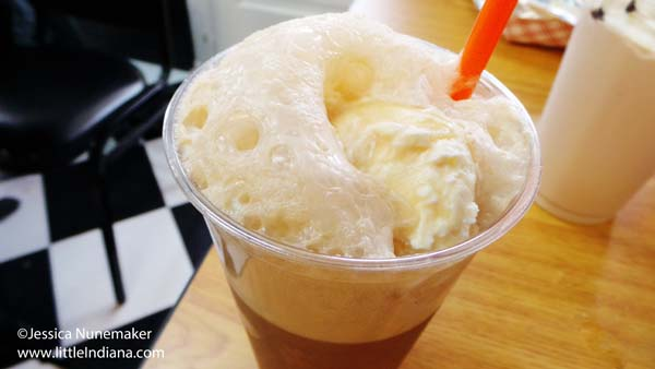 Diggity Dog in Danville, Indiana Root Beer Float