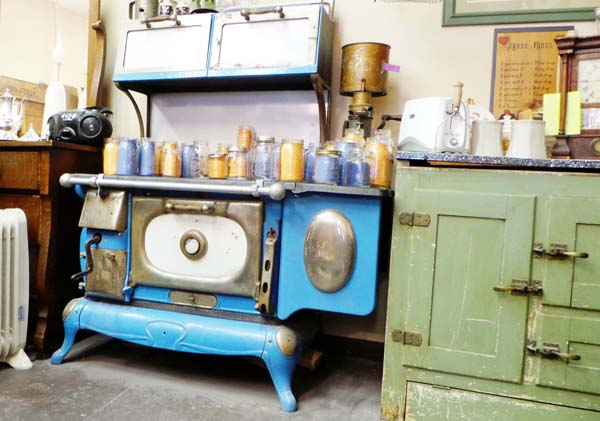 Little Shop by the Square (Formerly Danville Furniture Co-op) in Danville, Indiana Awesome Vintage Blue Stove
