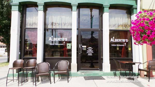Alberto's Italian Restaurant in Corydon, Indiana Exterior