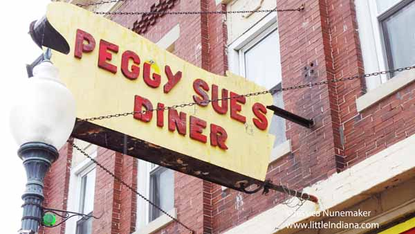 Peggy Sue's Diner in Chesterton, Indiana Exterior