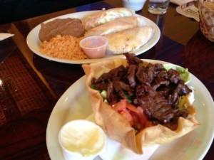 Casa Del Mar has delicious meals.