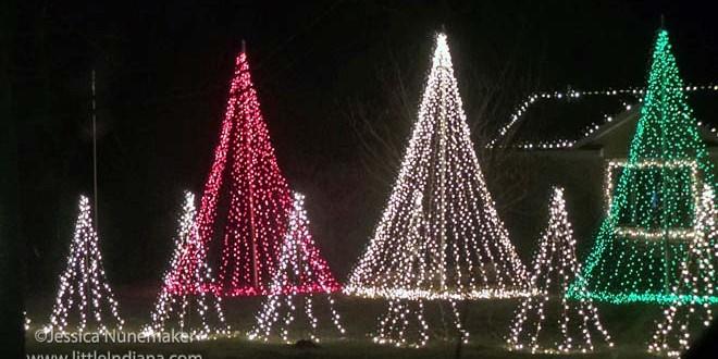 Wordless Wednesday: Kniman Christmas Lights VIDEO