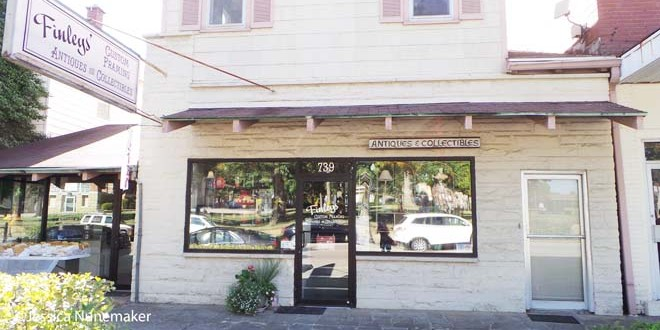 Finley's Antiques and Custom Framing in Tell City
