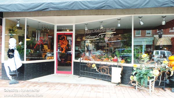 Gehlhausens Flowers and Gifts in Huntingburg, Indiana