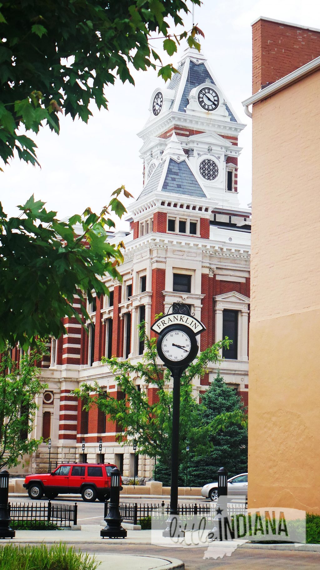 Indiana white county idaville - Thejohnson County Courthouse In Franklin Indiana Is A Stop On The Little Indiana County Selfie Stop Trail How Creative Can You Get With Your Selfie