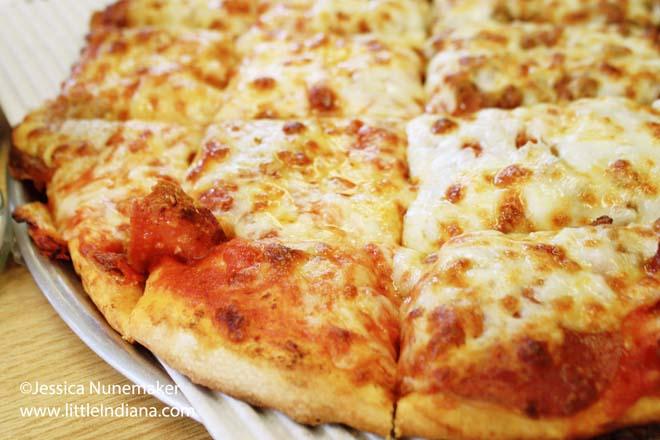 Americana Pizza in Centerville, Indiana Pizza