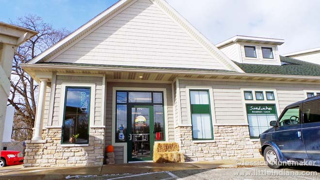 Coffee Lodge and Bakery in Plymouth, Indiana
